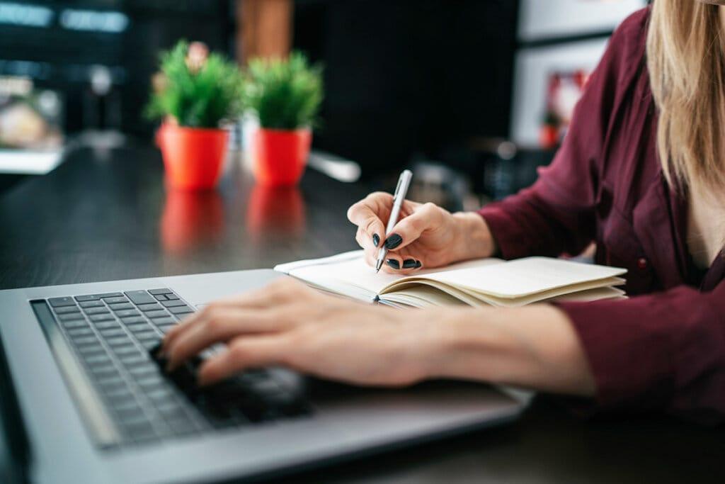 How Do I Prepare for Tax Season as a Freelancer?