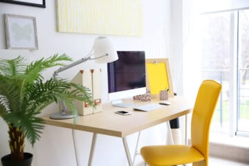 What Are the Best Small Home Office Ideas for Freelancers?