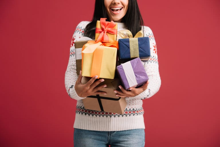 What Are the Best Client Gifts Freelancers Should Give?