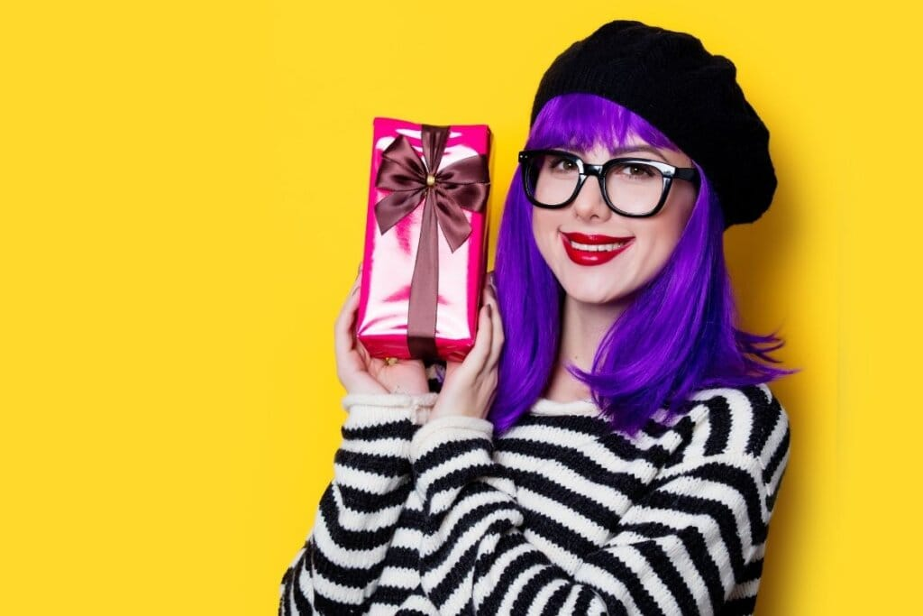 What Are the Best Gifts for Creative People? 33 Amazing Creative Gift Ideas