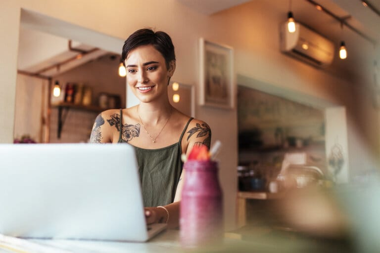 What Is a Freelance Editor and How Do I Start?