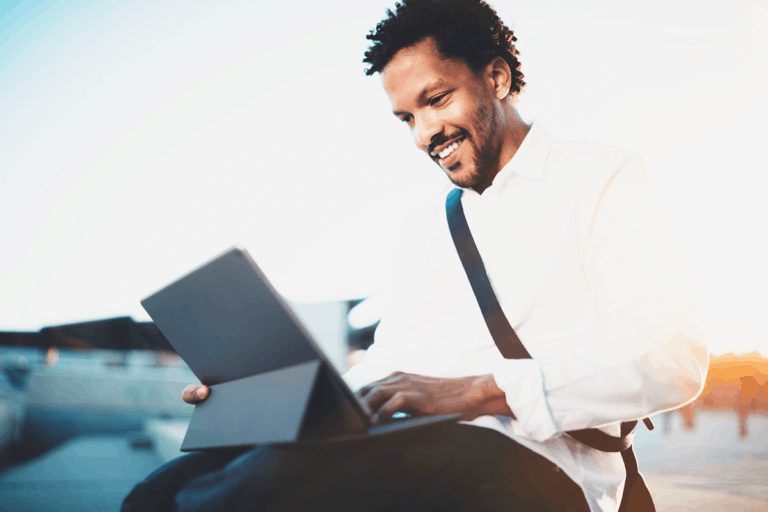 Freelancer vs Remote Worker: Which Is Right For You?